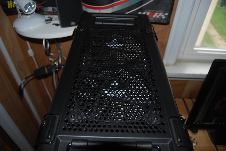 Partial build started-corsair-c70-case-top.jpg