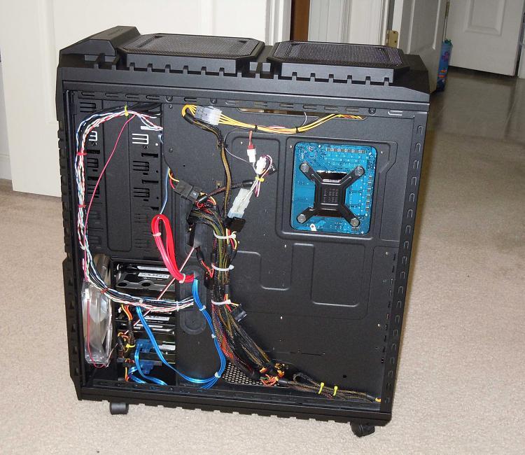-haf-x-cable-management.jpg