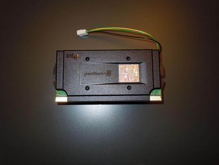 Building a Windows 98 machine-pentium-3-processor.jpg