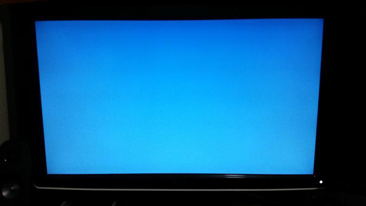 Bitlocker displays light blue screen on system startup-20151108_005214.jpg